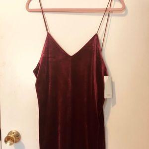 TOBI NWT Burgundy Velvet Dress